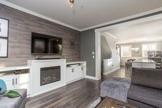 """Photo 7: 36 11067 BARNSTON VIEW Road in Pitt Meadows: South Meadows Townhouse for sale in """"Coho"""" : MLS®# R2420194"""