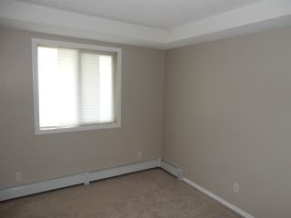 Photo 4: 113 11820 22 Avenue in Edmonton: Zone 55 Condo for sale : MLS®# E4186343