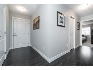 "Photo 17: 303 2038 SANDALWOOD Crescent in Abbotsford: Central Abbotsford Condo for sale in ""The Element"" : MLS®# R2447105"
