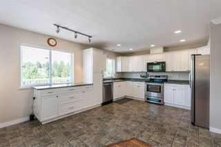 Photo 7: 7793 HORNE Street in Mission: Mission BC House for sale : MLS®# R2459575