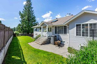 Photo 2: 7793 HORNE Street in Mission: Mission BC House for sale : MLS®# R2459575