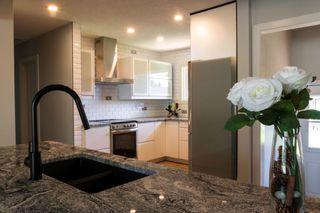 Photo 3: 11615 51 Avenue in Edmonton: Zone 15 House for sale : MLS®# E4200486