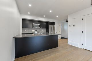 Photo 10: 1 11306 92 Street in Edmonton: Zone 05 House Half Duplex for sale : MLS®# E4204209