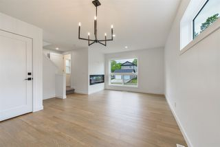 Photo 11: 1 11306 92 Street in Edmonton: Zone 05 House Half Duplex for sale : MLS®# E4204209