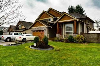 Photo 1: 26896 26A Avenue in Langley: Aldergrove Langley House for sale : MLS®# R2476257