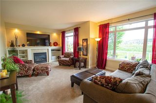 Photo 9: 18 DISCOVERY WOODS Villa SW in Calgary: Discovery Ridge Row/Townhouse for sale : MLS®# A1015288