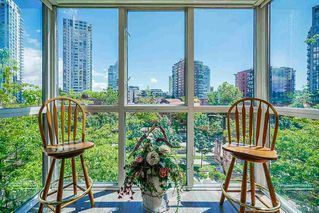 """Photo 15: 303 212 DAVIE Street in Vancouver: Yaletown Condo for sale in """"Parkview Gardens"""" (Vancouver West)  : MLS®# R2528495"""