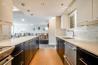 """Photo 7: 303 212 DAVIE Street in Vancouver: Yaletown Condo for sale in """"Parkview Gardens"""" (Vancouver West)  : MLS®# R2528495"""