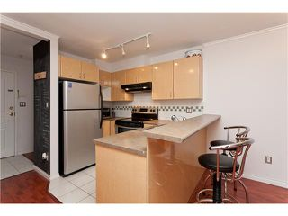 """Photo 5: 209 4989 DUCHESS Street in Vancouver: Collingwood VE Condo for sale in """"ROYAL TERRACE"""" (Vancouver East)  : MLS®# V920881"""