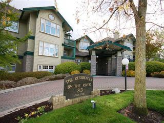 Photo 1: 202 83 STAR Crest in New Westminster: Queensborough Condo for sale : MLS®# V943106