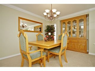 Photo 4: 6916 182ND Street in Surrey: Cloverdale BC House for sale (Cloverdale)  : MLS®# F1224446