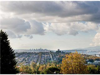 "Photo 18: 5010 DUNDAS Street in Burnaby: Capitol Hill BN House for sale in ""CAPITOL HILL"" (Burnaby North)  : MLS®# V1039996"