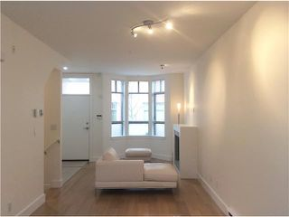 Photo 9: Bright & Spacious Fairview Townhouse away from traffic!