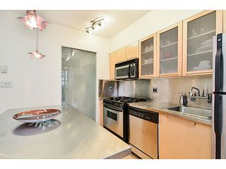 "Photo 5: 304 1072 HAMILTON Street in Vancouver: Yaletown Condo for sale in ""CRANDALL BUILDING"" (Vancouver West)  : MLS®# V1064027"