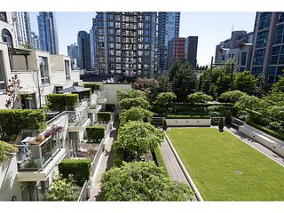 "Photo 4: 408 1225 RICHARDS Street in Vancouver: Downtown VW Condo for sale in ""Eden"" (Vancouver West)  : MLS®# V1069559"