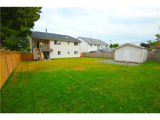 "Photo 12: 6017 189TH Street in Surrey: Cloverdale BC House for sale in ""CLOVERHILL"" (Cloverdale)  : MLS®# F1423444"
