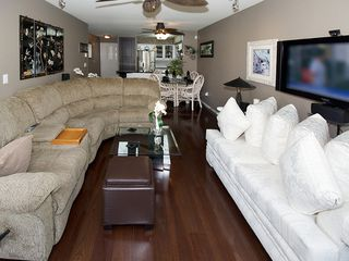 "Photo 10: 402 1363 56TH Street in Tsawwassen: Cliff Drive Condo for sale in ""WINDSOR WOODS"" : MLS®# V1088690"