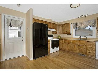 Photo 7: 151 WOODBROOK Way SW in Calgary: Woodbine Residential Detached Single Family for sale : MLS®# C3639407