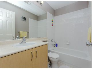 """Photo 18: 36 14959 58TH Avenue in Surrey: Sullivan Station Townhouse for sale in """"Skylands"""" : MLS®# F1424869"""