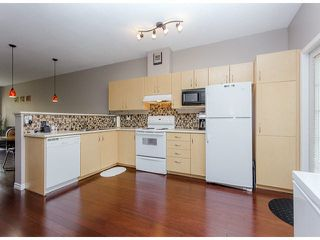 """Photo 8: 36 14959 58TH Avenue in Surrey: Sullivan Station Townhouse for sale in """"Skylands"""" : MLS®# F1424869"""