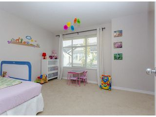 """Photo 16: 36 14959 58TH Avenue in Surrey: Sullivan Station Townhouse for sale in """"Skylands"""" : MLS®# F1424869"""