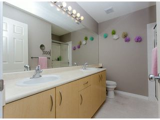 """Photo 15: 36 14959 58TH Avenue in Surrey: Sullivan Station Townhouse for sale in """"Skylands"""" : MLS®# F1424869"""