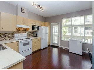 """Photo 10: 36 14959 58TH Avenue in Surrey: Sullivan Station Townhouse for sale in """"Skylands"""" : MLS®# F1424869"""