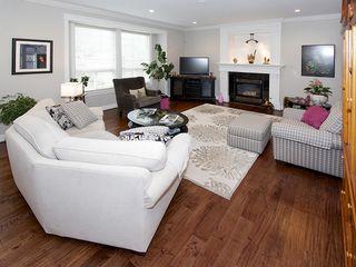 "Photo 7: 5303 SPETIFORE Crescent in Tsawwassen: Tsawwassen Central House for sale in ""SPETIFORE CRESCENT"" : MLS®# V1093403"