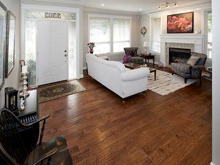 "Photo 3: 5303 SPETIFORE Crescent in Tsawwassen: Tsawwassen Central House for sale in ""SPETIFORE CRESCENT"" : MLS®# V1093403"