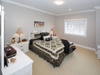 "Photo 19: 5303 SPETIFORE Crescent in Tsawwassen: Tsawwassen Central House for sale in ""SPETIFORE CRESCENT"" : MLS®# V1093403"