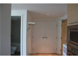 "Photo 7: 901 5782 BERTON Avenue in Vancouver: University VW Condo for sale in ""Sage"" (Vancouver West)  : MLS®# V1098652"