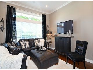 "Photo 3: 15066 61A Avenue in Surrey: Sullivan Station House for sale in ""Sullivan Heights"" : MLS®# F1430330"