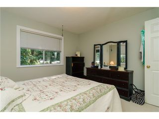 """Photo 14: 16379 28 Avenue in Surrey: Grandview Surrey House for sale in """"North Grandview"""" (South Surrey White Rock)  : MLS®# F1433774"""