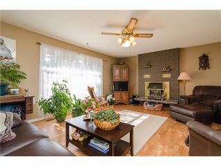 """Photo 11: 16379 28 Avenue in Surrey: Grandview Surrey House for sale in """"North Grandview"""" (South Surrey White Rock)  : MLS®# F1433774"""