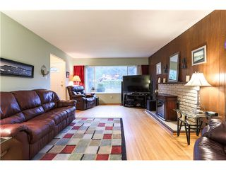 Photo 2: 1906 RHODENA Avenue in Coquitlam: Central Coquitlam House for sale : MLS®# V1112005