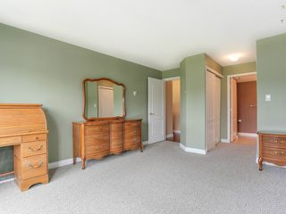"""Photo 10: 203 17740 58A Avenue in Surrey: Cloverdale BC Condo for sale in """"DERBY DOWNS"""" (Cloverdale)  : MLS®# F1442364"""