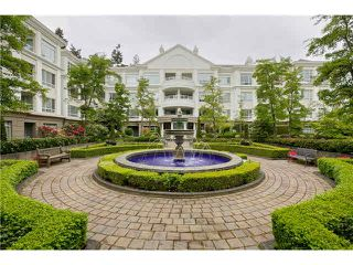 Photo 2: 129 5735 HAMPTON Place in Vancouver: University VW Condo for sale (Vancouver West)  : MLS®# V1133717