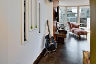 """Photo 15: 909 1500 HORNBY Street in Vancouver: Yaletown Condo for sale in """"888 BEACH"""" (Vancouver West)  : MLS®# R2020455"""