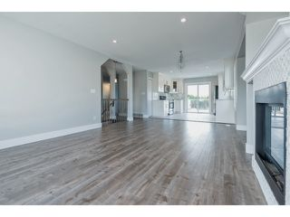 Photo 5: 33512 KINSALE Place in Abbotsford: Poplar House for sale : MLS®# R2059562
