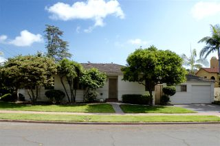 Photo 2: HILLCREST House for sale : 3 bedrooms : 3446 Richmond St in San Diego