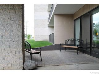 Photo 2: 1600 Taylor Avenue in Winnipeg: River Heights / Tuxedo / Linden Woods Condominium for sale (South Winnipeg)  : MLS®# 1614057