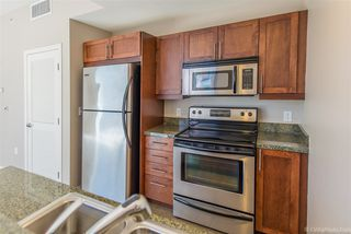 Photo 5: DOWNTOWN Condo for sale : 1 bedrooms : 206 Park Blvd #802 in San Diego