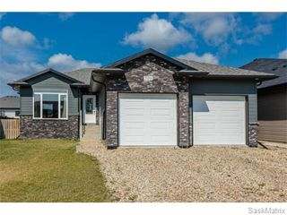 Photo 2: 709 Redwood Crescent: Warman Single Family Dwelling for sale (Saskatoon NW)  : MLS®# 578463