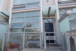 Photo 3: 330 1st Ave in False Creek (near the Olympic Village): Home for sale