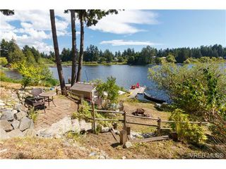 Photo 3: 3131 Glen Lake Rd in VICTORIA: La Glen Lake Single Family Detached for sale (Langford)  : MLS®# 737487