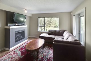 """Photo 2: 214 4723 DAWSON Street in Burnaby: Brentwood Park Condo for sale in """"Collage"""" (Burnaby North)  : MLS®# R2096689"""