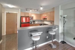 """Photo 6: 214 4723 DAWSON Street in Burnaby: Brentwood Park Condo for sale in """"Collage"""" (Burnaby North)  : MLS®# R2096689"""