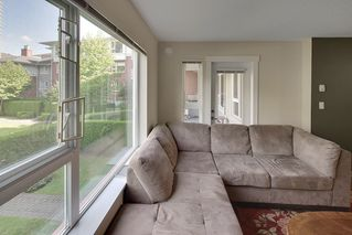 """Photo 8: 214 4723 DAWSON Street in Burnaby: Brentwood Park Condo for sale in """"Collage"""" (Burnaby North)  : MLS®# R2096689"""