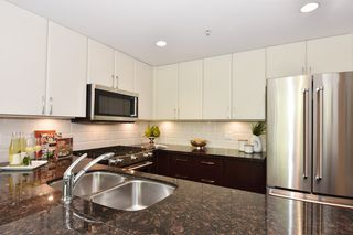 """Photo 8: 1429 W 7TH Avenue in Vancouver: Fairview VW Townhouse for sale in """"SIENNA TOWNHOMES"""" (Vancouver West)  : MLS®# R2104085"""