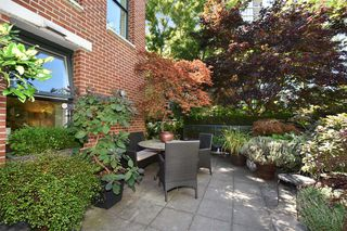 """Photo 18: 1429 W 7TH Avenue in Vancouver: Fairview VW Townhouse for sale in """"SIENNA TOWNHOMES"""" (Vancouver West)  : MLS®# R2104085"""